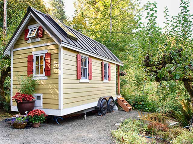 federal government closing in on miniature off the grid homes could they soon be illegal. Black Bedroom Furniture Sets. Home Design Ideas