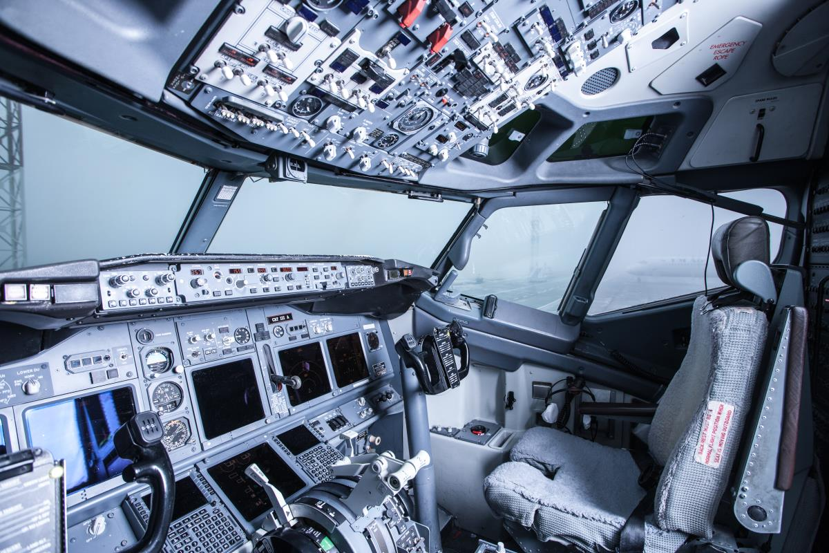 Image: Government wants robot pilots to fly passenger and cargo planes