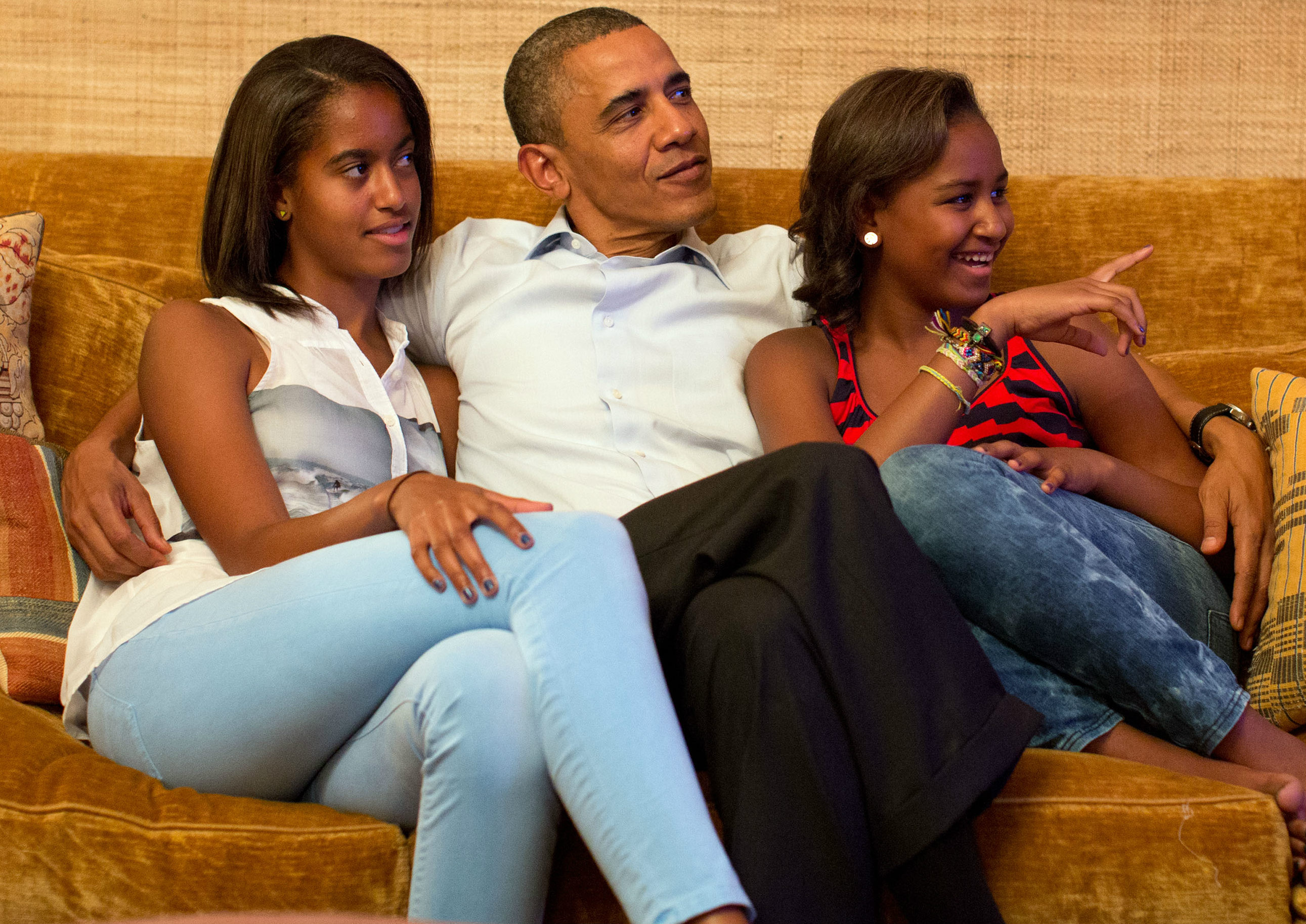 As Obama gets set to leave office, it's important to review the life lessons he's taught his daughters