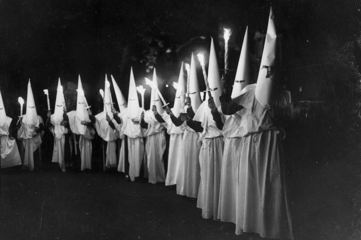 FAKE HISTORY: USA Today pretends Democrats didn't found the KKK, start civil war (they did)