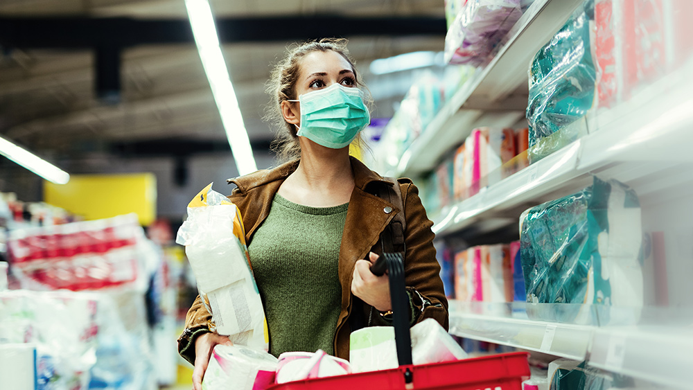 BOMBSHELL: Disposable blue face masks found to contain toxic, asbestos-like substance that destroys lungs Coronavirus-Woman-Shop-Supplies-Mask-Basket
